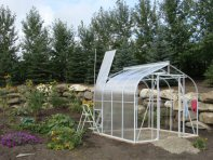 Customer Adds Poly Panels to Sun Garden Greenhouse
